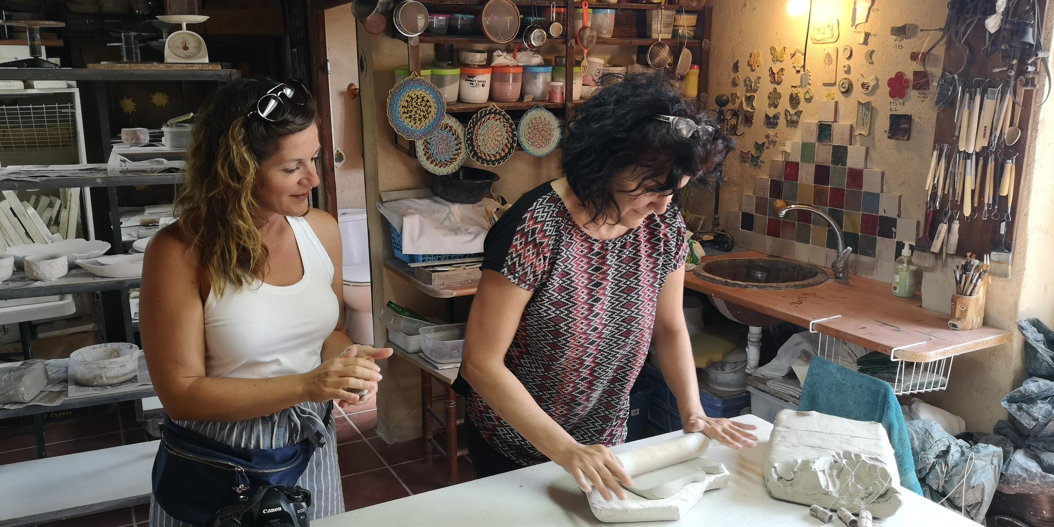 Experiencia de artesanía cerámica con Numa Cerámica